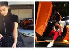 شقيقة كيم كارداشيان تخطف الأنظار بجلسة تصوير مع السيارات الخارقة
