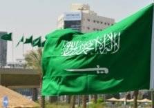 قرار مفاجئ في السعودية...حظر عمل الوافدين الأجانب في هذه المهنة