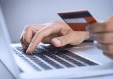 الرياض: إنجاز المعاملات التجارية إلكترونيا نهاية 2018