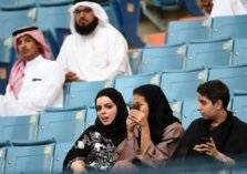 هذه المباراة ستشهد الظهور الأول للمرأة السعودية في الملاعب