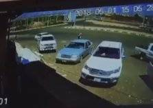 مُسن يتعرض لحادث دهس متعمد من قائد مركبة بجازان (فيديو)