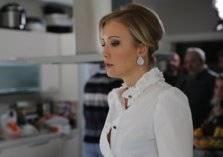 """التحقيق مع ممثلة تركية أساءت لـ """"المدينة المنورة""""- صور"""