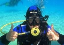 ابتكار ملابس تتيح إمكانية التنفس تحت الماء