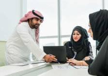 دبي تتيح ساعات العمل الإضافي لجميع الموظفين