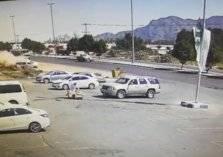 مرور منطقة نجران يلقي القبض على قائد مركبة تسبب في كارثة على طريق الملك عبدالله (صور)