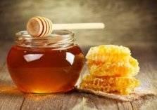 ما هي أفضل طريقة للتفرقة بين العسل الطبيعي والمغشوش؟ (فيديو)
