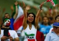 """بالصور.. التليفزيون الإيراني يلغي بث مباراة بسبب """"امرأة"""""""