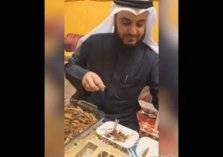 مشاري العفاسي يتناول الجراد بفيديو.. ويثير التساؤلات