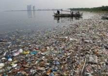 ما حكاية حرب النفايات بين كندا والفلبين؟
