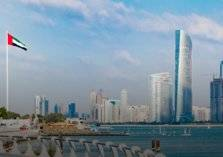 في الإمارات.. هذه الكلية تمنح طلابها 27 ألف درهم شهريًا