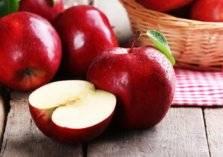 10 فوائد لتناول التفاح يومياً