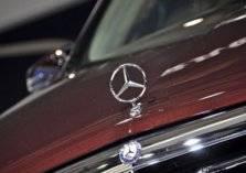 وزارة التجارة السعودية تعلن عن استدعاء عدد من سيارات مرسيدس