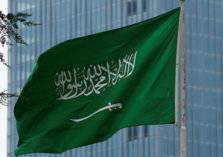 كم تبلغ تكلفة تأشيرات الحج والعمرة والزيارة للسعودية؟