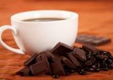 ما هي فوائد وأضرار الشوكولاته والقهوة؟