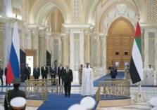 بالصور .. بوتين في ضيافة الإمارات وسط استقبال حافل