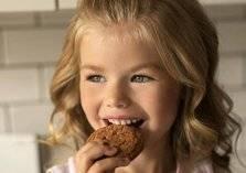بالصور .. أجمل طفلة في العالم على الإنترنت