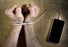 مصحات نفسية لعلاج إدمان الهواتف الذكية