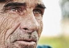 """التدخين و""""شكل الوجه"""".. العلم يكشف التأثير المدمر!"""