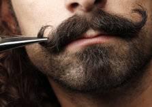 4 وصفات طبيعية لتكثيف شعر الشارب