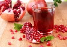 عصير الرمان.. قيمة غذائية وفوائد صحية يصعب حصرها