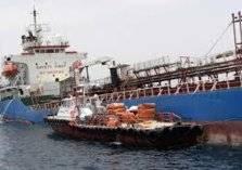 بالفيديو .. حادث نادر لسفينتين عملاقتين!