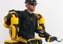 تعرف على أول روبوت يمكن ارتداؤه في العالم (صور)