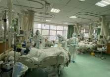 أطباء صينيون يستخدون البامبرز.. والسبب كورونا؟!