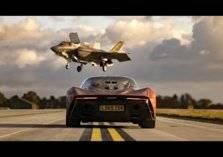 شاهد.. تحدي السرعة بين مكلارين وطائرة قتالية