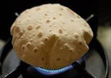 تسخين الخبز على الغاز يسبب مرض السرطان