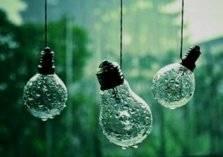وداعاً للشمس.. توليد الكهرباء من قطرات المطر!