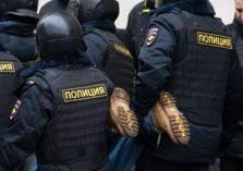 روسيا.. الشرطة تقبض على مجرم بمساعدة فتى التوصيل