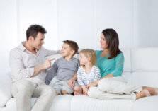 3 فوائد لمكوث الرجال في المنزل