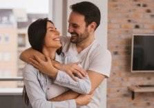 كيف تسعد زوجتك في فترة العزل المنزلي؟