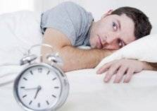 لماذا يضطرب نومك في رمضان؟
