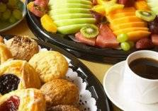 ماذا تأكل بين الإفطار والسحور دون زيادة في الوزن؟
