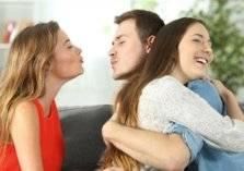 الزوجة الثانية هي سبب لسعادة الأولى... كيف؟