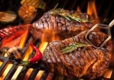 احذر.. تعريض اللحم للهب مباشرة يسبب السرطان
