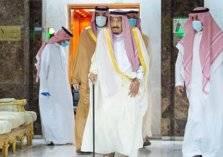 """""""شاهد"""" لحظة مغادرة الملك سلمان للمستشفى وأول رسالة وجهها للأمة"""