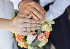 طالب جامعي يتلقى أغرب عرض زواج... اعرف حكايته