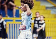 """أصغر لاعب في تاريخ الكرة يوقع عقد رعاية من """"نايكي"""""""