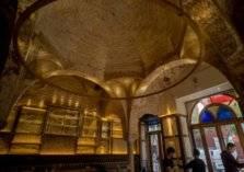 """بالصور: اكتشاف """"كنز عربي"""" في حانة إسبانية يعود لمئات السنين"""
