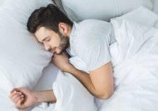 النوم في السرير لوحدك.. 5 فوائد ستدهشك!
