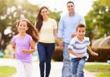 5 تصرفات تجعل الأهل أوّل المتنمرين على أطفالهم