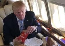 ترامب يقترض المال من حارسة لشراء وجبة ماكدونالدز