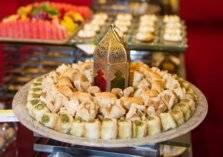 ماذا يحدث لجسم الصائم عند تناول الحلويات العربية؟