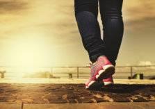 ماذا سيحدث لجسمك إذا مارست المشي لـ30 دقيقة يومياً؟!