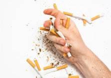 أطعمة ومشروبات تقلل من الرغبة في التدخين.. تعرف عليها