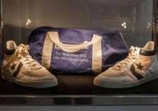 للبيع.. أحذية قديمة لعدائين بسعر مليون دولار!