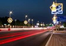 بالصور: استعداد شوارع أبوظبي لاستقبال عيد الأضحى